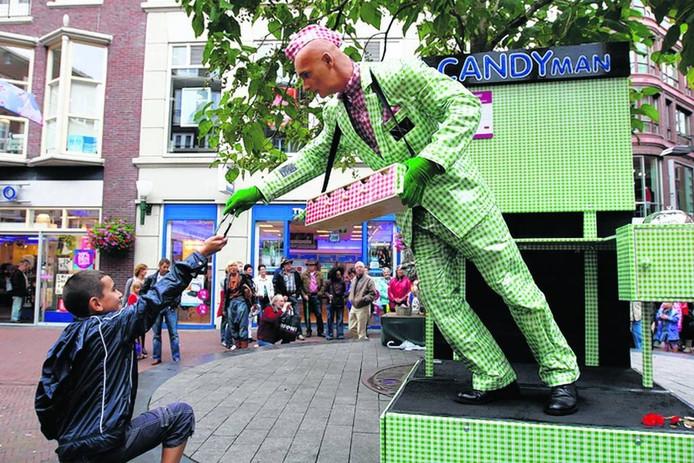 John Eicke als 'Candyman' in 2010. Foto Niels Theunissen