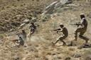 Lokale strijders tegen de taliban tijdens een oefening in Panjshir. De vallei valt nog buiten de controle van de taliban.