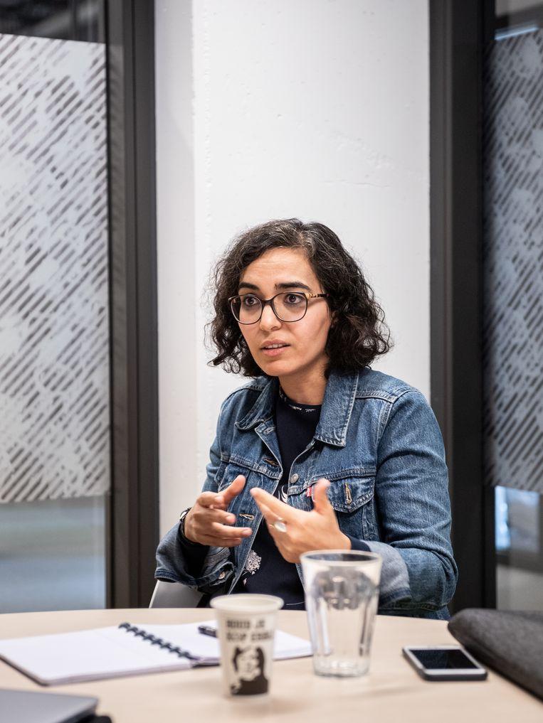 Nadia Fadil: 'Eigenlijk keren we terug naar de visie op criminaliteit aan het einde van de 19de eeuw. Toen is de criminologie ontstaan vanuit de overtuiging dat bepaalde mensen aanleg hebben voor criminaliteit en men wilde die in een zo vroeg mogelijk stadium detecteren.'   Beeld Simon Lenskens