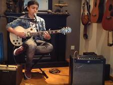 VIDEO: Veghelse Stef (14) straalt in Voice Kids en kiest voor Marco