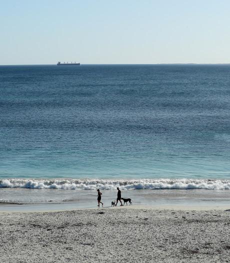 Quand le ministre néo-zélandais de la Santé va à la plage en plein confinement