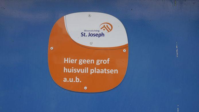 De Boxtelse woningcorporatie Sint Joseph probeert met een opschoondag het groot onderhoud in Selissenwal en Sint Jorisstraat te vergemakkelijken.