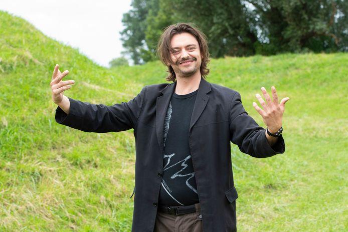 Stefano Keizers is momenteel onder meer te zien in 'Expeditie Robinson'