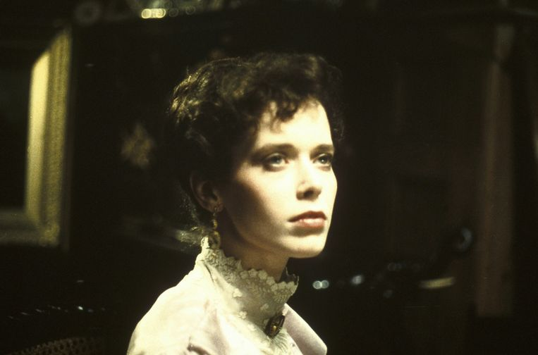 Tijdens de opnames van de film Mysteries, 1982. Beeld null