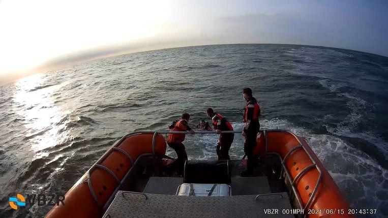De VBZR rukte uit voor een gekapseisde catamaran Beeld VBZR