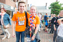 Sophie van Boxtel en Lars van Dongen als eerste Midi's over de finish backstage.
