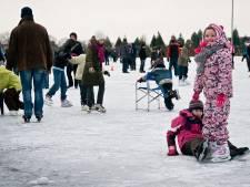 Schaatsen kan al snel in Dodewaard: 'Zodra het ophoudt met sneeuwen, beginnen we met het opspuiten van het water'