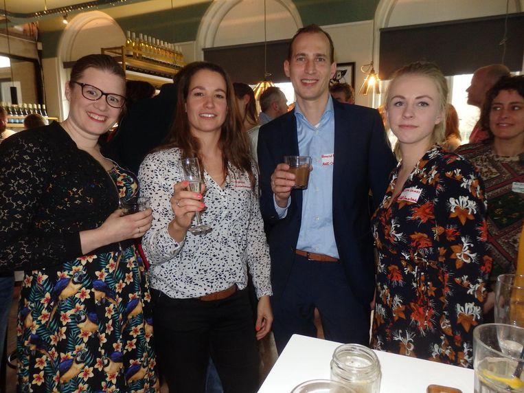 Chantal Engelen (Kromkommer), Mirjam van der Werff (Twisted James) en Ronald Rijpstra en Eltina Geveke van AND Cheesetrade. 'Concurrentie bestaat niet.' Beeld Schuim