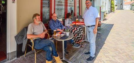 Megaboete voor miniterras? Bergse cafébaas voelt zich beknot: 'We gaan elke week met buikpijn open'