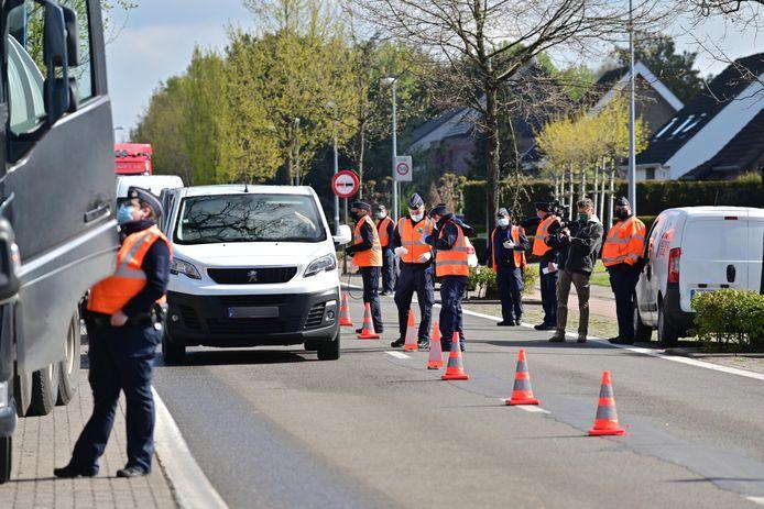 Belgische douane voert actie aan de grens in Wuustwezel.
