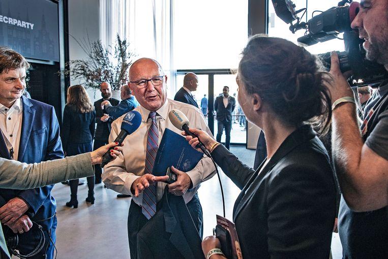 De Amerikaanse ambassadeur Pete Hoekstra in gesprek met de pers tijdens een partijdag van Forum in Barneveld in november 2019. Beeld Guus Dubbelman / de Volkskrant