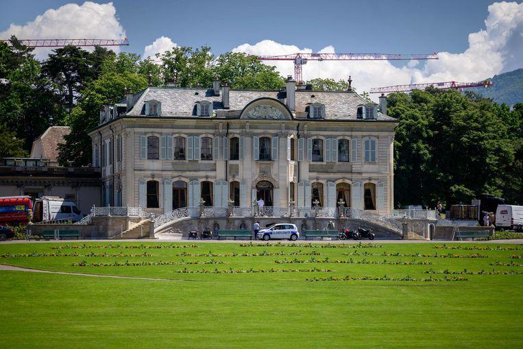 In 'Villa La Grange' in Genève zullen de Amerikaanse president Joe Biden en zijn Russische evenknie Vladimir Poetin elkaar woensdag ontmoeten. Beeld AFP