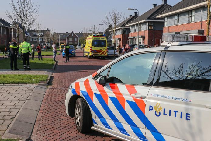 Een 5-jarig kind werd in Tollebeek aangereden bij het spelen op straat.