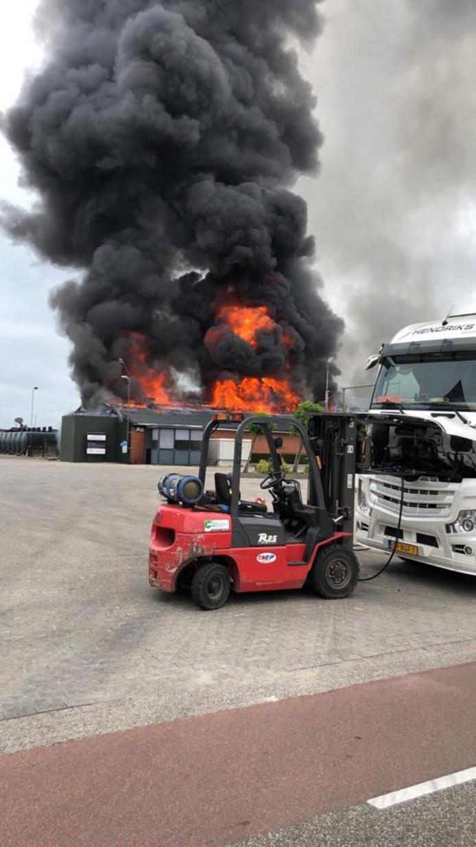 De grote brand in het bedrijf in Baarle-Naussau.