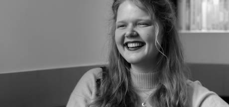 Roos vertrok als vrijwilliger naar Grieks vluchtelingenkamp: 'Ik ben anders naar de wereld gaan kijken'