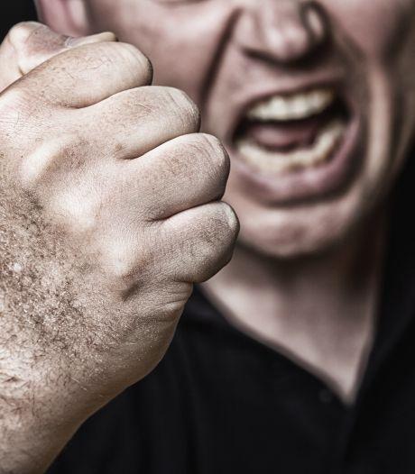 Man (84) slaat bejaarde vrouw op hoofd in Bergen op Zoom, aangehouden wegens poging doodslag