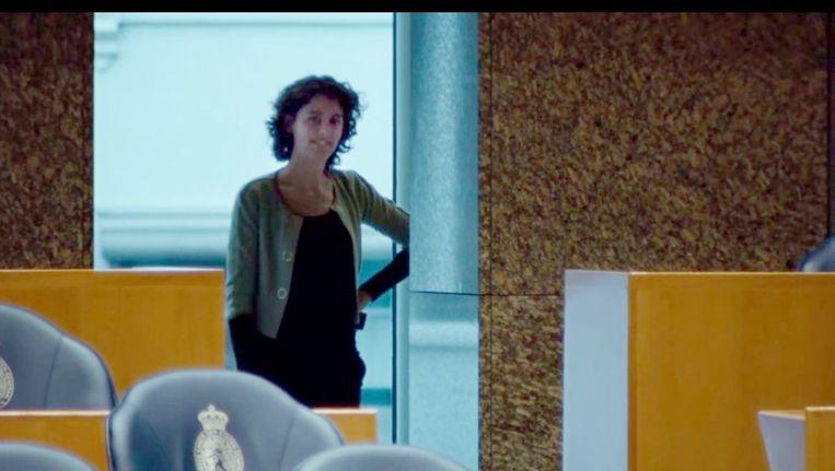 Boven en onder: Beelden uit de VVD-verkiezingsfilm 'To do' van maart dit jaar, waarin Sophie Hermans al aan de zijde van Mark Rutte te zien is. Vanaf dinsdag gaat ze officieel aan de slag als politiek assistent van de premier. Beeld YouTube