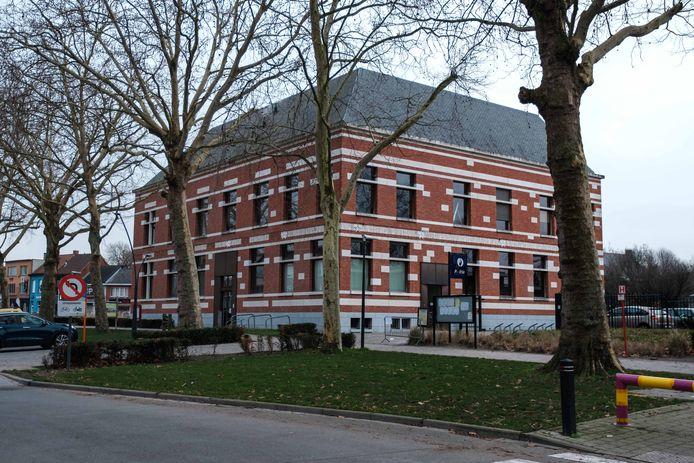 Het gemeentehuis van Niel.