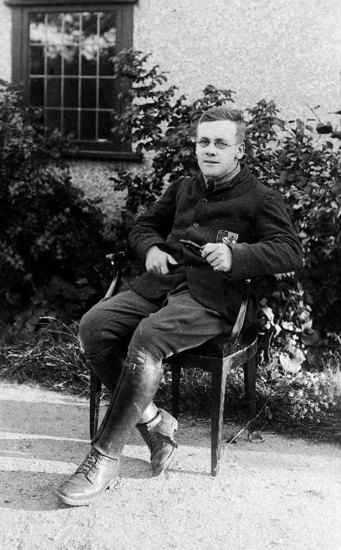 Aalmoezeniers Neville Talbot en Philip 'Tubby' Clayton openden in december 1915 hun eigen club, Talbot House. Tijdens de nieuwe stadswandeling neemt Padre Tubby Clayton je mee op stap en hoor je spannende anekdotes en verhalen.