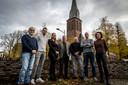 De organisatie van de viering van het 800-jarig bestaan van Handel, met Jos Kuipers derde van rechts en Pauly van den Boogaard-Hermkens uiterst rechts (archieffoto 2019)