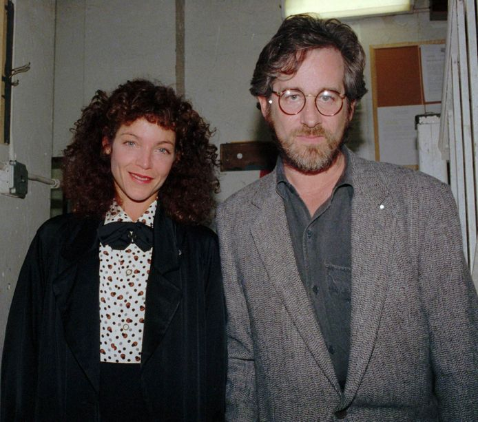 Steven Spielberg en Amy Irving in April 1988.