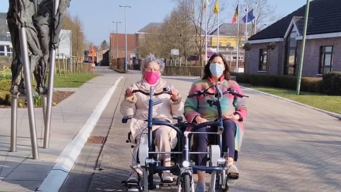 Bewoners wzc Ter Stelten kunnen voortaan gebruik maken van een elektrische duofiets