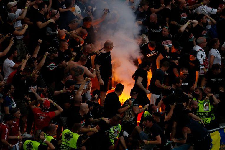 Een Hongaarse fan tijdens Euro 2021. Beeld AP