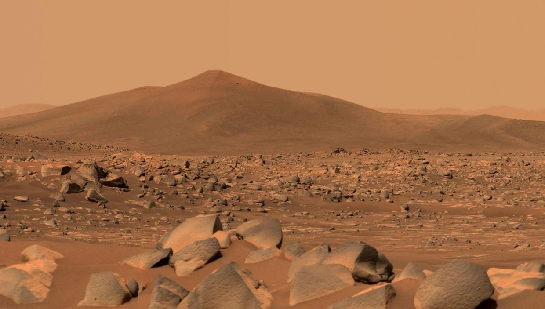 Mars, vanaf de grond gefotografeerd door de Amerikaanse Marswagen Perseverance.