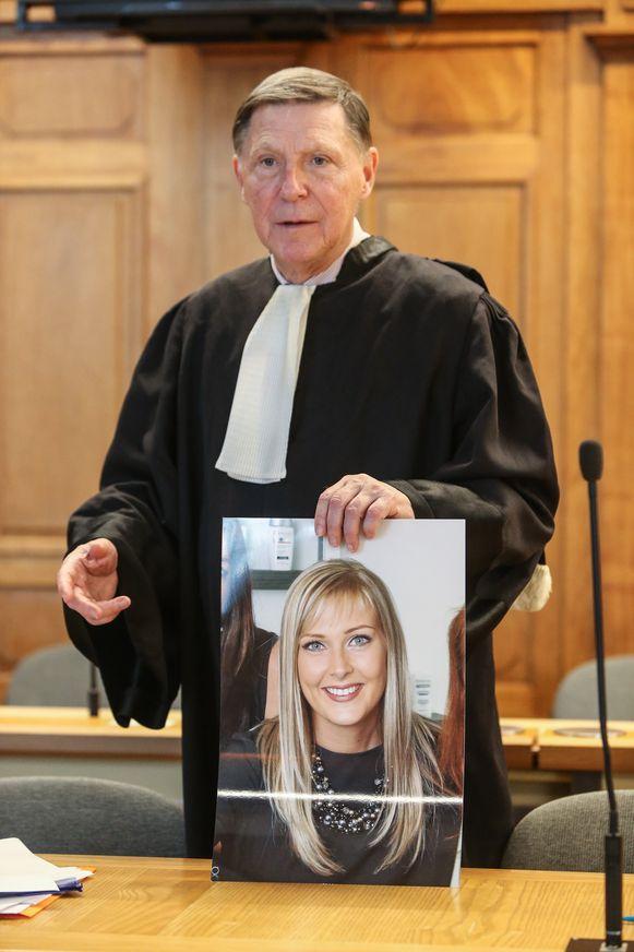 Ook de rechtszaak rond de vermoorde kapster Julie Quintens vond voor assisen plaats.