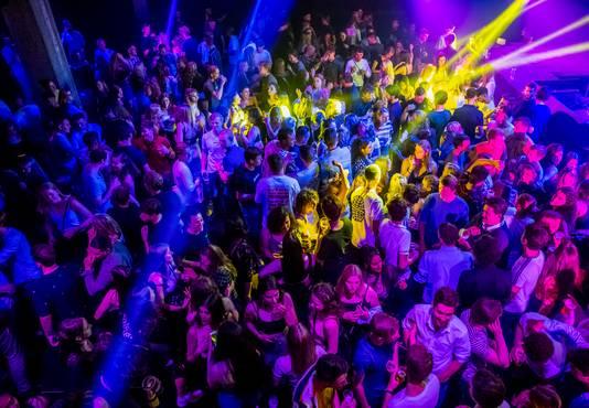 Club Annabel is open. De dansvloer is na anderhalf jaar weer vol.
