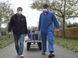 Stichting AAP maakt wasberen klaar voor de dierentuin: Shin mag quarantaine verlaten