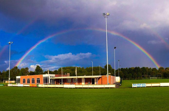 Het was stil, de afgelopen maanden bij voetbalvereniging Seolto in Zevenbergen. Maar gelukkig kan ook bij die club weer gesport worden.