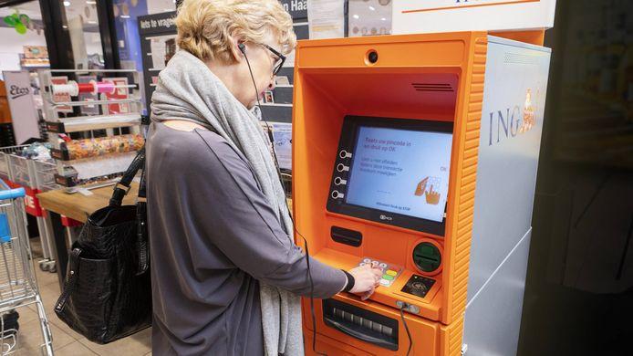 Een geldautomaat met spraakfunctie