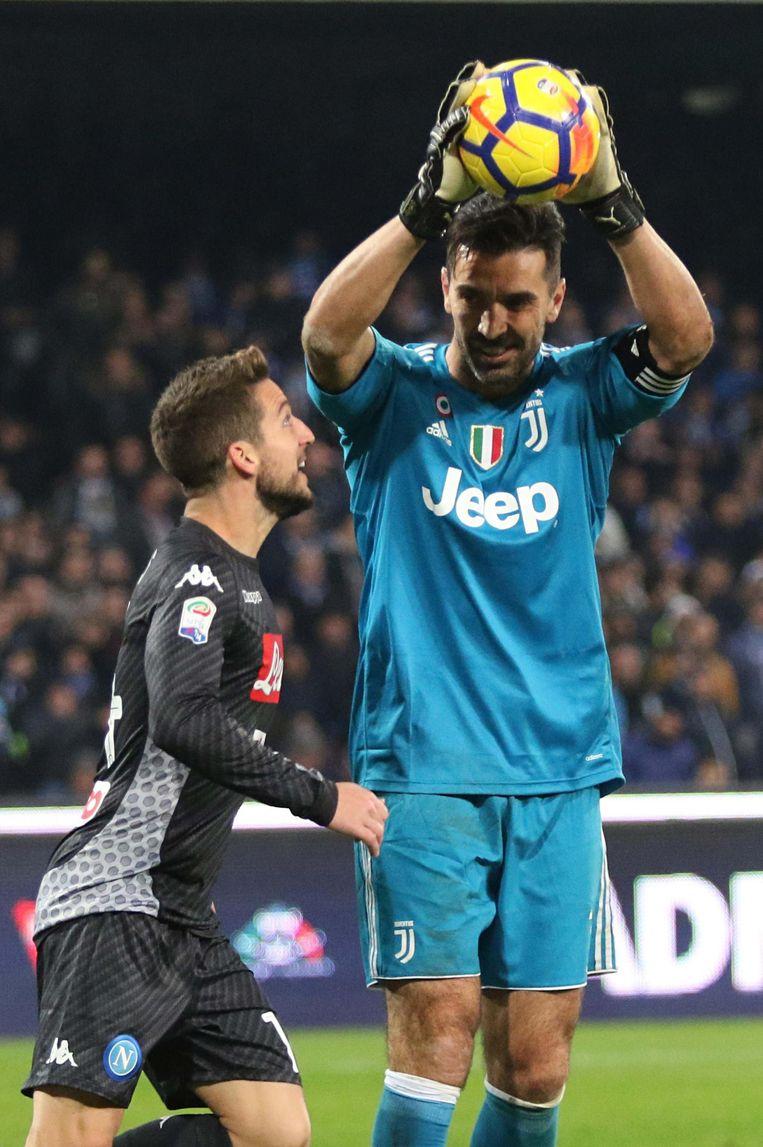 Buffon was ook Mertens en Napoli de baas.