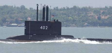 Indonesië vreest dat duikboot met 53 opvarenden gezonken is: olieresten gespot