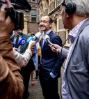 """,,Ik denk dat Nederlanders allemaal redelijk wensen hebben"""", aldus Eric Wiebes"""