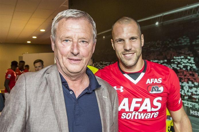 AZ-coryfee Hugo Hovenkamp met Ron Vlaar.