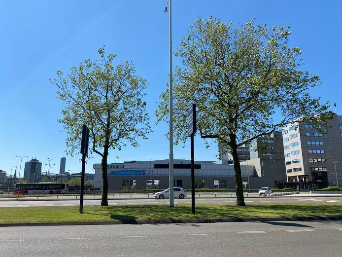 Beursgebouw Eindhoven gezien vanaf de Fellenoord.
