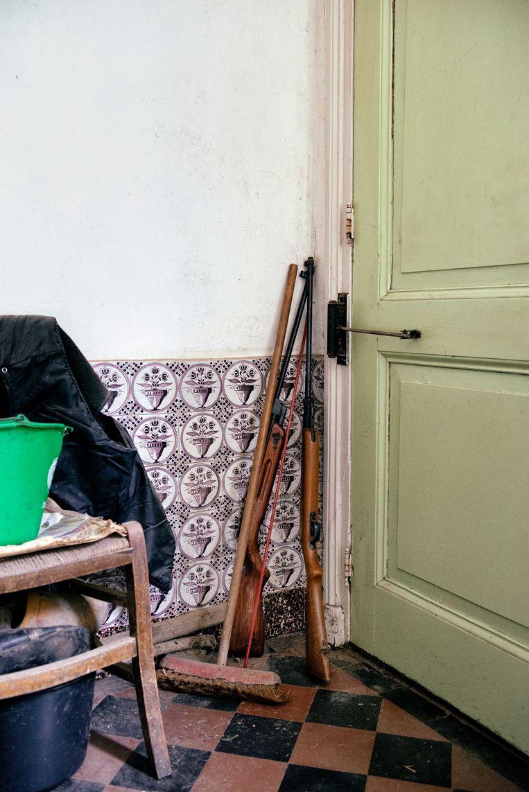 Het ouderlijk huis van broers Gait (71) en Jo (73). Beeld Kees Muizelaar