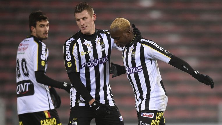 Neeskens Kebano heeft er met een strafschop 1-0 van gemaakt. De Congolese international was alweer de meest opvallende Zebra. Beeld BELGA