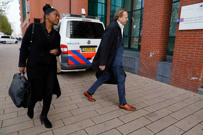 Advocaat Natacha Harlequin hoorde pas na het voorval tijdens de wedstrijd FC Den Bosch-Excelsior, dat ook haar zoon vrijwel dagelijks racistische opmerkingen naar zijn hoofd krijgt.