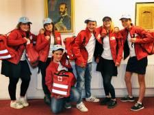 Zes scholieren meten eerste hulp-kennis met Bulgaren