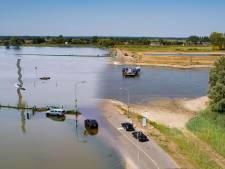 Dit is het verschil tussen de IJssel in de winter en in deze zomer