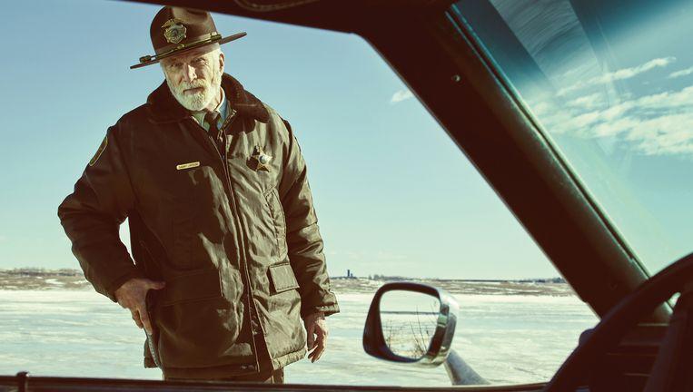 Ted Danson als sheriff Hank Larsson in Fargo, seizoen 2. Beeld Netflix
