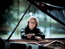 Indrukwekkende Beethoven bij Hannes Minnaar