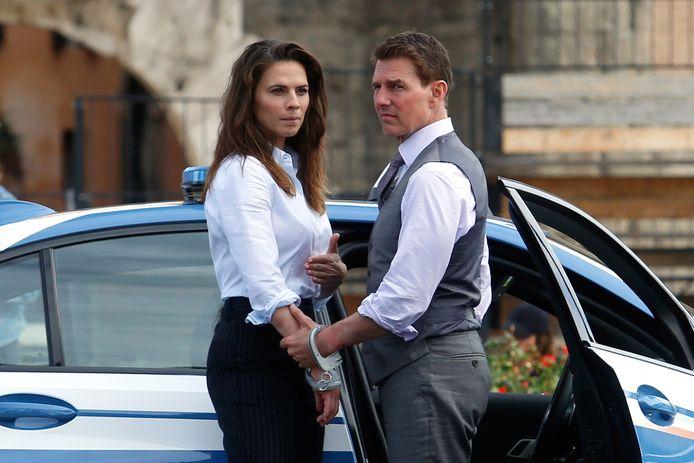 Tom Cruise en Hayley Atwell op de set van 'Mission Impossible 7'