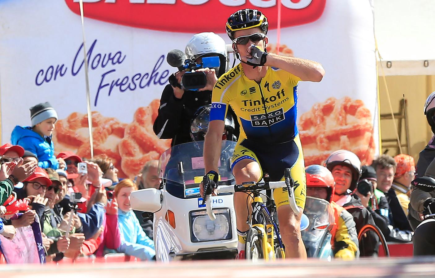 Michael Rogers wint op de Monte Zoncolan in 2014.