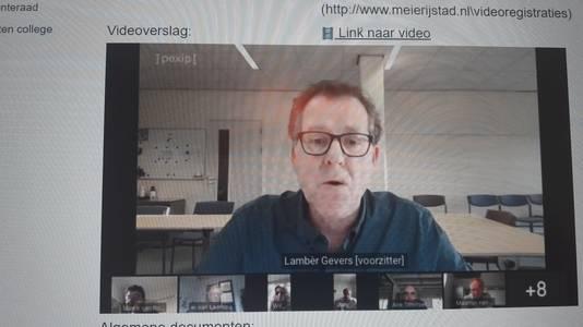 De raadscommissie ruimtelijke zaken van Meierijstad werd donderdagavond voorgezeten door Lambèr Gevers, die als een van de weinigen wel in het bestuurscentrum in Sint-Oedenrode zat.