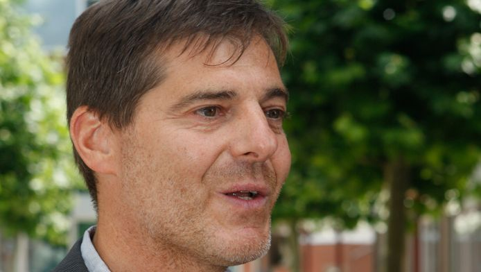Burgemeester Gino Debroux.