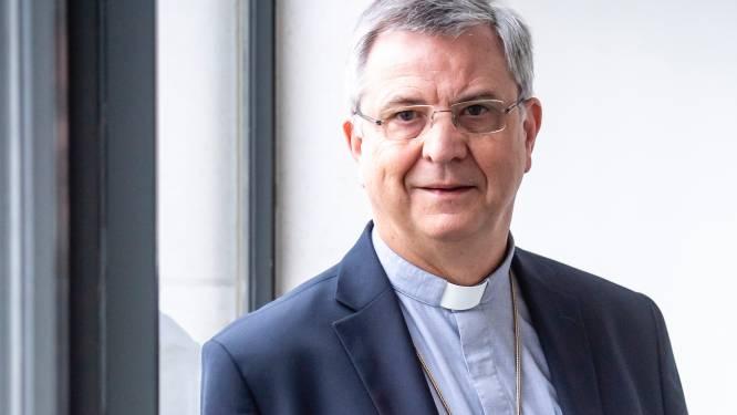 """INTERVIEW. Bisschop Johan Bonny beschaamd en boos over weigering Vaticaan om homokoppels te zegenen: """"Helft van de bisschoppen denkt er hetzelfde over"""""""